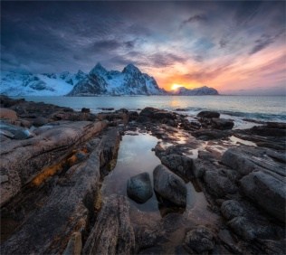 Vareid-Coastline-Lofoten-Feb-2020-NOR-08553